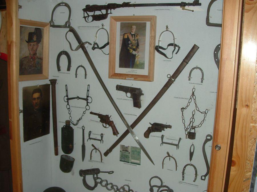 b745aa512192 A bűnözők ellen alkalmazott eszközök Fotó: Demeter Ferenc