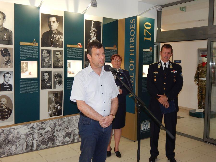 Katonai kiállítás