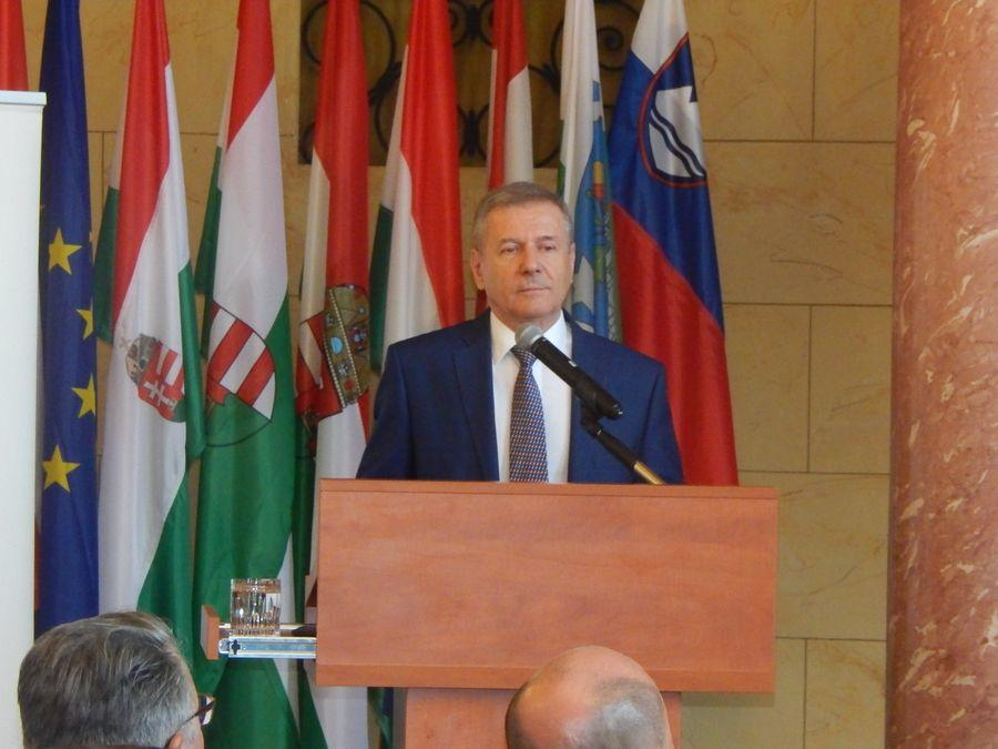 Benkő Tibor