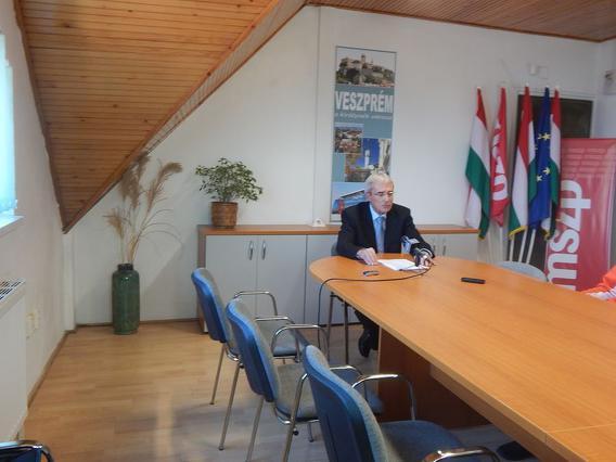 Pál Béla sajtó
